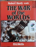 The War of the Worlds written by H.G. Wells performed by Robert Hardy on Cassette (Abridged)